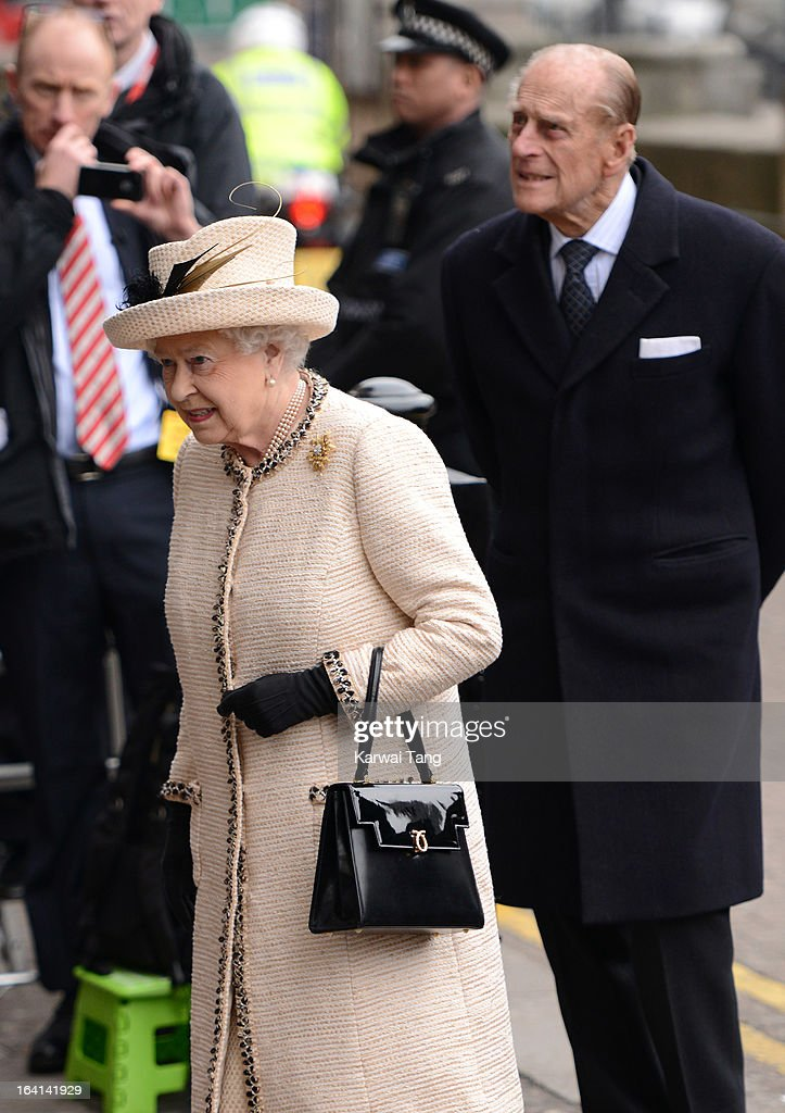 Queen <a gi-track='captionPersonalityLinkClicked' href=/galleries/search?phrase=Elizabeth+II&family=editorial&specificpeople=67226 ng-click='$event.stopPropagation()'>Elizabeth II</a> and <a gi-track='captionPersonalityLinkClicked' href=/galleries/search?phrase=Prince+Philip&family=editorial&specificpeople=92394 ng-click='$event.stopPropagation()'>Prince Philip</a>, Duke of Edinburgh visits Baker Street Underground Station to mark the 150th anniversary of the London Underground on March 20, 2013 in London, England.