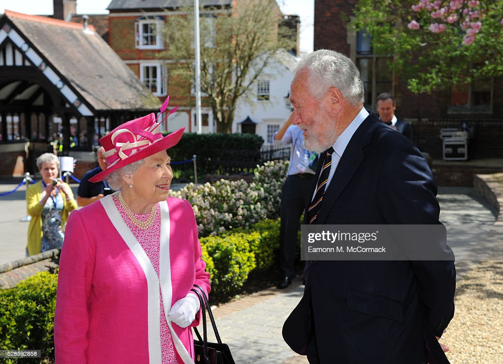 Queen Elizabeth II and <a gi-track='captionPersonalityLinkClicked' href=/galleries/search?phrase=Sir+Robin+Knox-Johnston&family=editorial&specificpeople=2821245 ng-click='$event.stopPropagation()'>Sir Robin Knox-Johnston</a> at Berkhamsted School's 475th Anniversary celebrations on May 6, 2016 in Berkhamsted, England.
