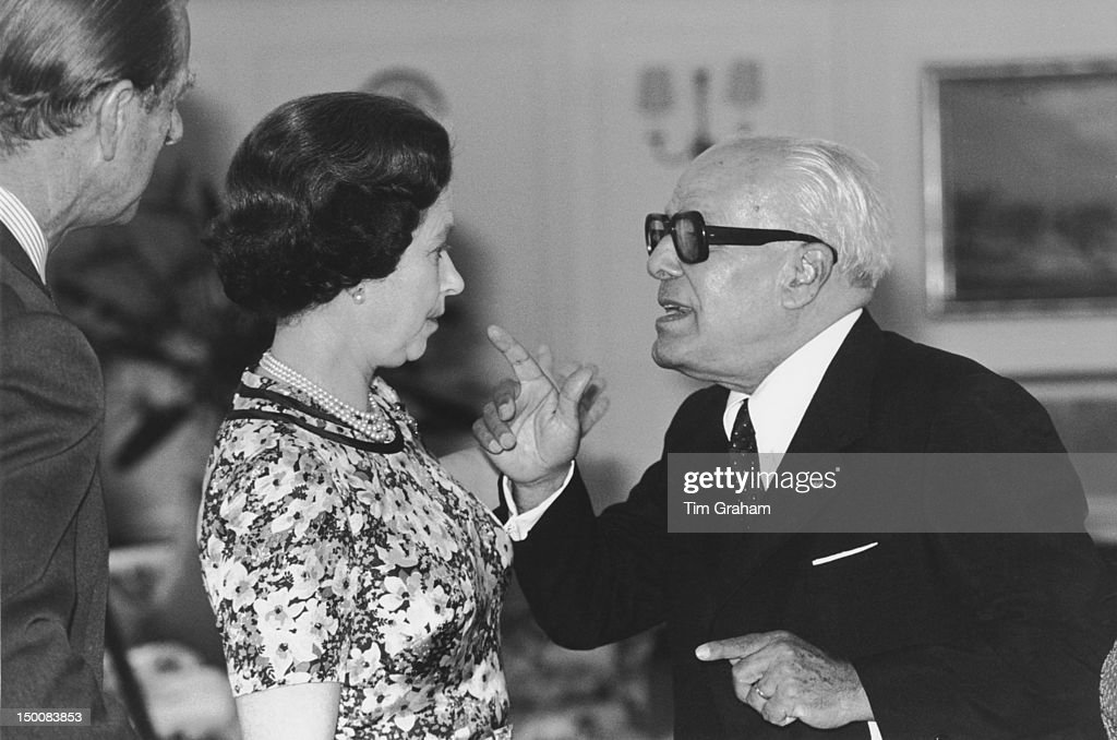 Queen <a gi-track='captionPersonalityLinkClicked' href=/galleries/search?phrase=Elizabeth+II&family=editorial&specificpeople=67226 ng-click='$event.stopPropagation()'>Elizabeth II</a> and the Duke of Edinburgh with the President of Tunisia, <a gi-track='captionPersonalityLinkClicked' href=/galleries/search?phrase=Habib+Bourguiba&family=editorial&specificpeople=213571 ng-click='$event.stopPropagation()'>Habib Bourguiba</a> (1903 - 2000) in Tunis, during a State Visit to Tunisia, October 1980.