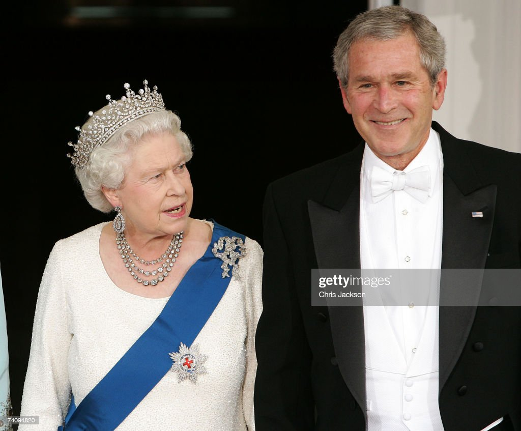 Queen Elizabeth II and US President George W. Bush arrive for a formal white-tie state dinner at the White House May 7, 2007 in Washington, DC. Queen Elizabeth II and Prince Phillip, the Duke of Edinburgh are on a six day trip to the United States.