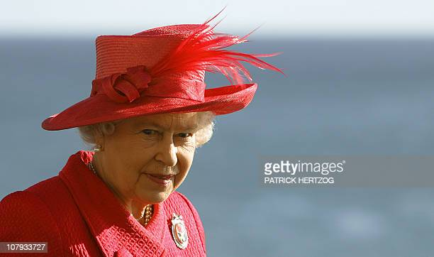 Queen Elizabeth II arrives at the Mediterranean conference center for the Commonwealth heads of governement meeting in Valletta 25 November 2005 The...