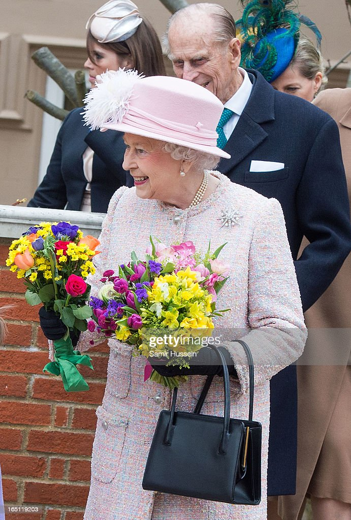 Queen <a gi-track='captionPersonalityLinkClicked' href=/galleries/search?phrase=Elizabeth+II&family=editorial&specificpeople=67226 ng-click='$event.stopPropagation()'>Elizabeth II</a> attend an Easter Matins Service at Saint George's Chapel in Windsor Castle on March 31, 2013 in Windsor, England.