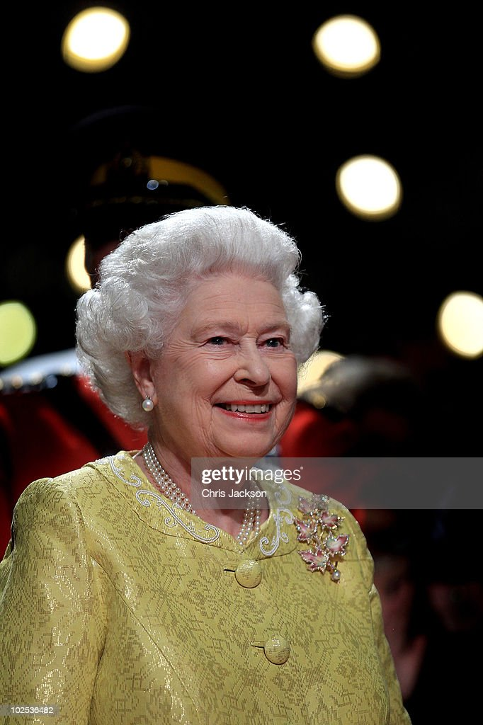 Queen <a gi-track='captionPersonalityLinkClicked' href=/galleries/search?phrase=Elizabeth+II&family=editorial&specificpeople=67226 ng-click='$event.stopPropagation()'>Elizabeth II</a> attends a reception for 'A Celebration of Novia Scotia' at the Cunard Centre on June 29, 2010 in Halifax, Canada. The Queen and Duke of Edinburgh are on an eight day tour of Canada starting in Halifax and finishing in Toronto. The trip is to celebrate the centenary of the Canadian Navy and to mark Canada Day. On July 6th, the royal couple will make their way to New York where the Queen will address the UN and visit Ground Zero.