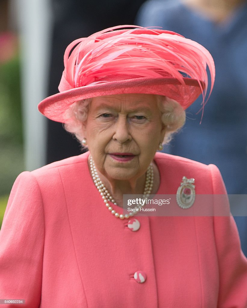 Queen Elizabeth II attends day 4 of Royal Ascot at Ascot Racecourse on June 17, 2016 in Ascot, England.