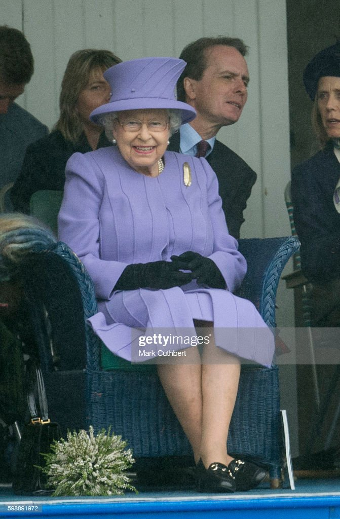 queen-elizabeth-ii-attends-the-2016-braemar-highland-gathering-on-3-picture-id598891972