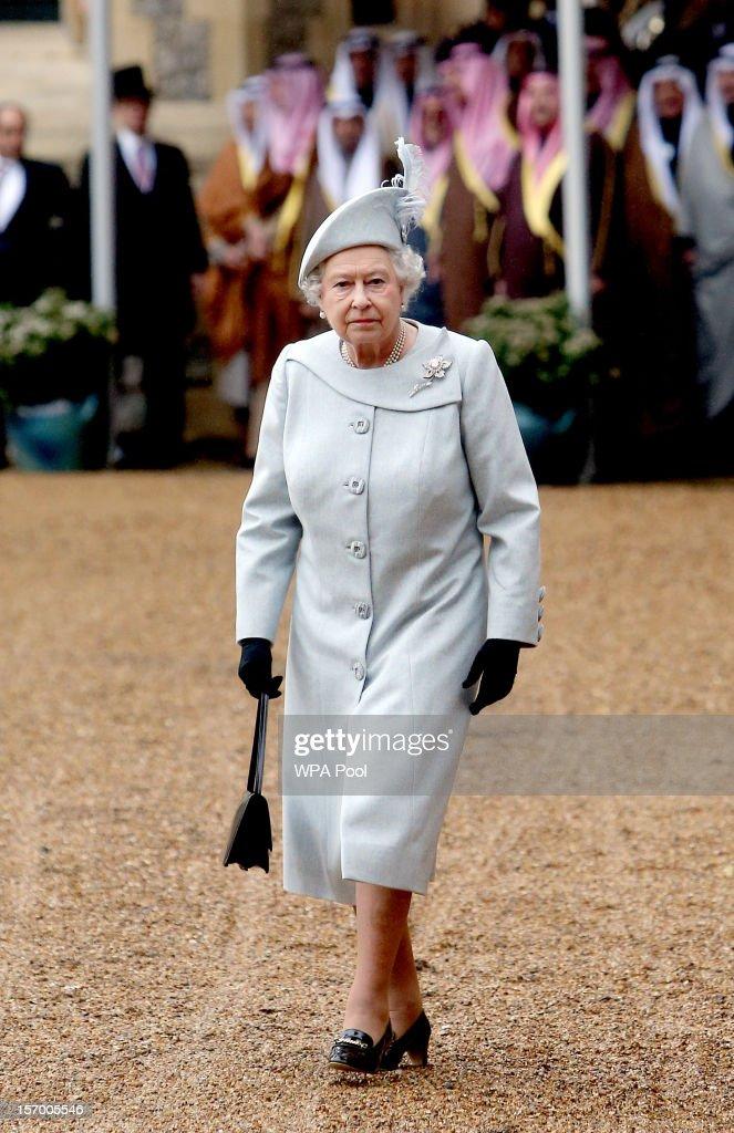 Queen Elizabeth II attends the ceremonial arrival of Amir Sheikh Sabah AlAhmad AlJaber AlSabah of Kuwait at Windsor Castle during a threeday state...