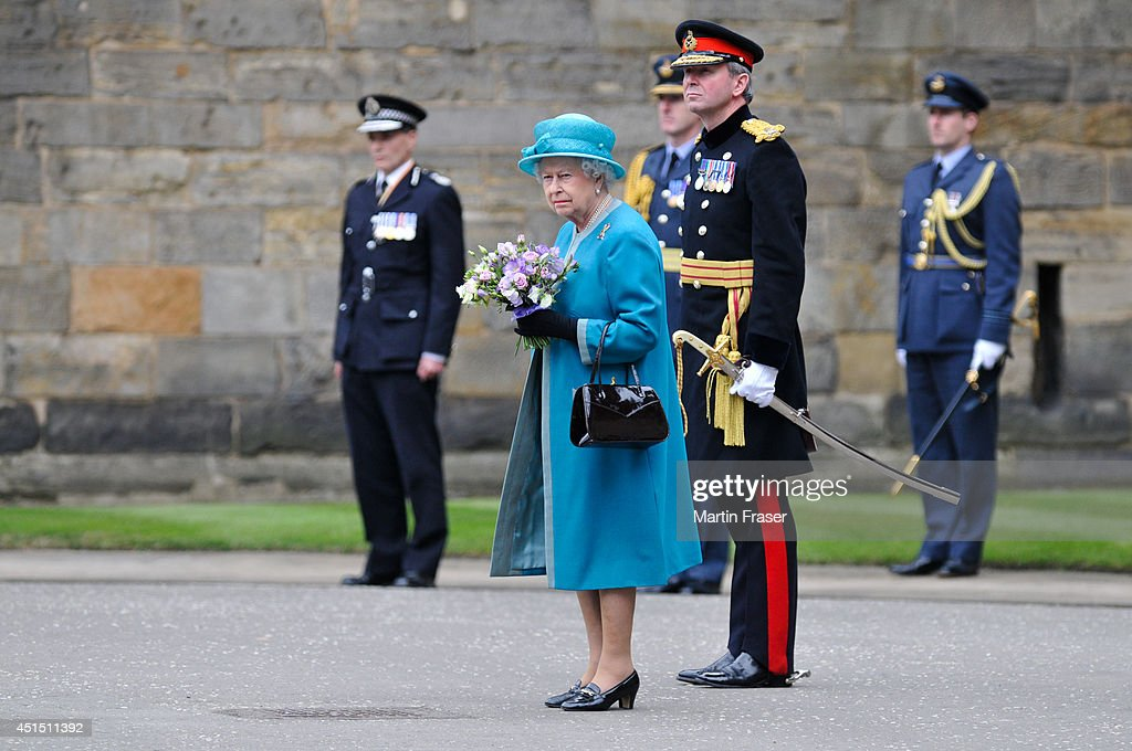 Queen <a gi-track='captionPersonalityLinkClicked' href=/galleries/search?phrase=Elizabeth+II&family=editorial&specificpeople=67226 ng-click='$event.stopPropagation()'>Elizabeth II</a> attends the Ceremony of The Keys, with the 2nd Battallion Royal Regiment of Scotland as Guard of Honour at The Palace Of Holyroodhouse on June 30, 2014 in Edinburgh, Scotland.