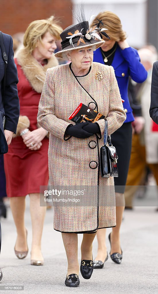 Queen Elizabeth II attends the Dubai Duty Free Raceday at Newbury Racecourse on April 19, 2013 in Newbury, England.