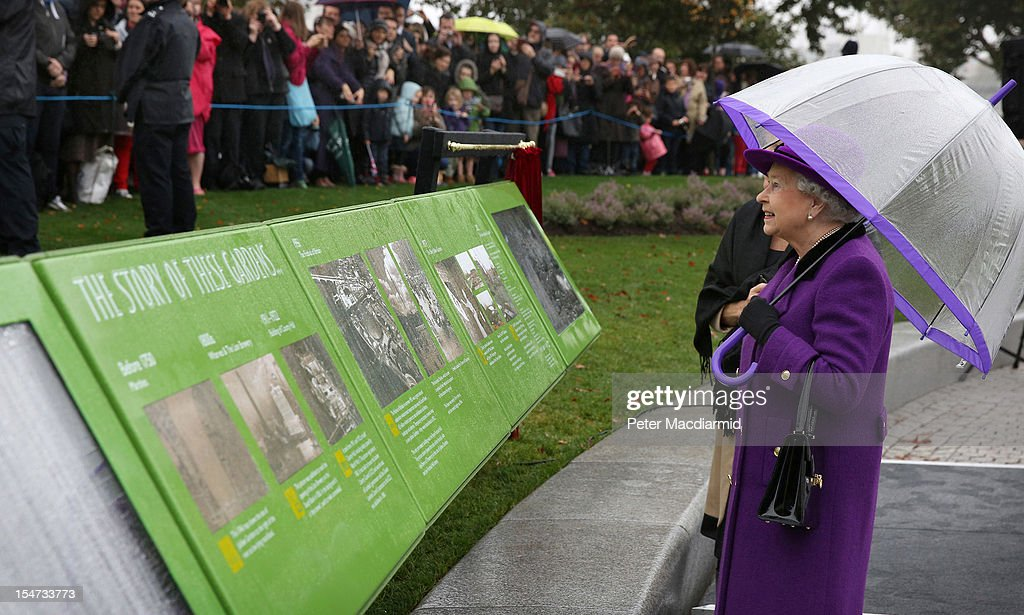 Queen <a gi-track='captionPersonalityLinkClicked' href=/galleries/search?phrase=Elizabeth+II&family=editorial&specificpeople=67226 ng-click='$event.stopPropagation()'>Elizabeth II</a> attends the opening of the recently re-built Jubilee Gardens on October 25, 2012 in London, England. The recent transformation of the Jubilee Gardens was completed 35 years after they were first created in 1977 to celebrate The Queen's Silver Jubilee.