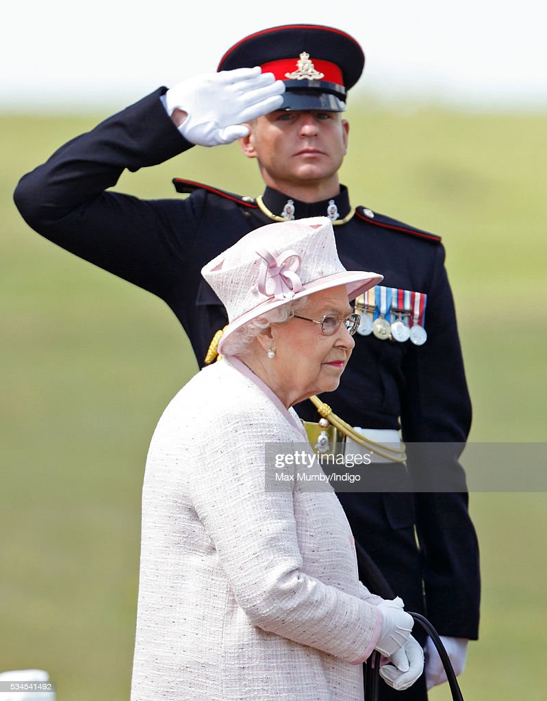 Queen <a gi-track='captionPersonalityLinkClicked' href=/galleries/search?phrase=Elizabeth+II&family=editorial&specificpeople=67226 ng-click='$event.stopPropagation()'>Elizabeth II</a>, Captain-General of The Royal Regiment of Artillery, attends a review of the Royal Artillery on the occasion of their Tercentenary on May 26, 2016 in Lark Hill, England.