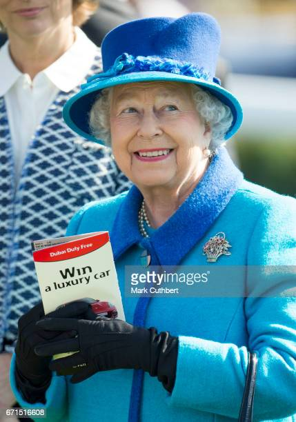 Queen Elizabeth II during the Dubai duty free spring trials meeting at Newbury Racecourse on April 22 2017 in Newbury United Kingdom