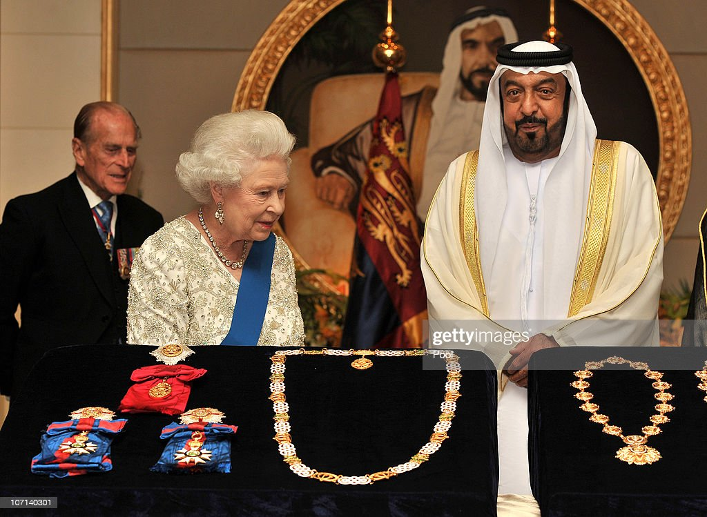 Queen <a gi-track='captionPersonalityLinkClicked' href=/galleries/search?phrase=Elizabeth+II&family=editorial&specificpeople=67226 ng-click='$event.stopPropagation()'>Elizabeth II</a> exchanges gifts with the President of the United Arab Emirates, Sheikh Khalifa Bin Zayed al Nahyan at the Mushrif Palace on November 25, 2010 in Abu Dhabi, United Arab Emirates. Queen <a gi-track='captionPersonalityLinkClicked' href=/galleries/search?phrase=Elizabeth+II&family=editorial&specificpeople=67226 ng-click='$event.stopPropagation()'>Elizabeth II</a> and Prince Philip, Duke of Edinburgh are in Abu Dhabi on a State Visit to the Middle East. The Royal couple will spend two days in Abu Dhabi and three days in Oman.