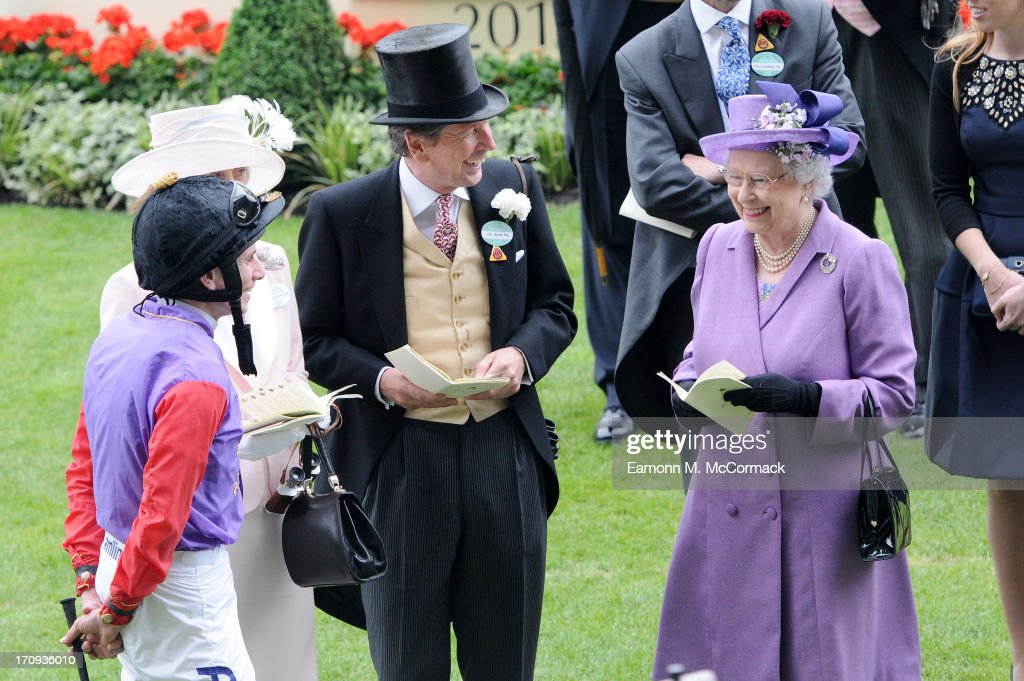 Queen Elizabeth II in the Parade ring ahead of the Gold Cup on Ladies Day on Day 3 of Royal Ascot at Ascot Racecourse on June 20, 2013 in Ascot, England.