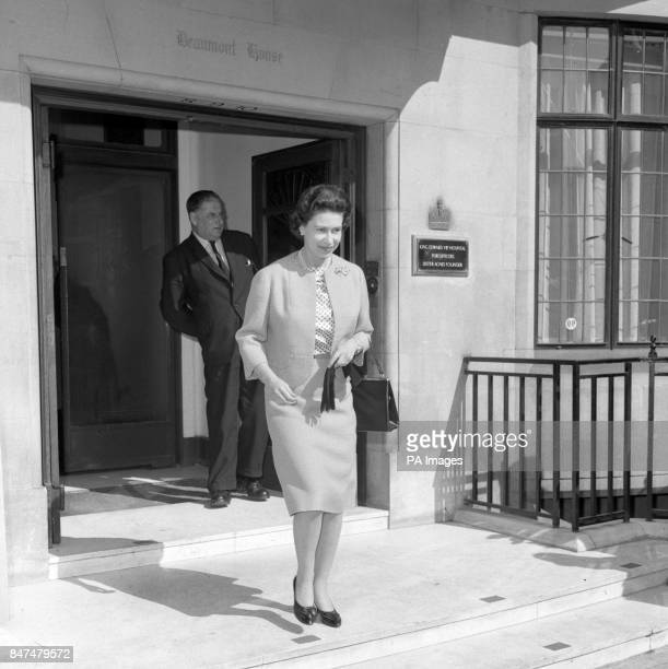 Queen Elizabeth II leaves King Edward VII Hospital for Officers London after paying a visit to Princess Anne who was having treatment on a broken nose