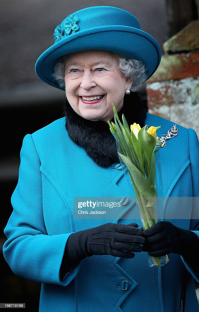 Queen <a gi-track='captionPersonalityLinkClicked' href=/galleries/search?phrase=Elizabeth+II&family=editorial&specificpeople=67226 ng-click='$event.stopPropagation()'>Elizabeth II</a> leaves St Mary Magdalene Church after attending the traditional Christmas Day church service on December 25, 2012 in Sandringham, near King's Lynn, England.