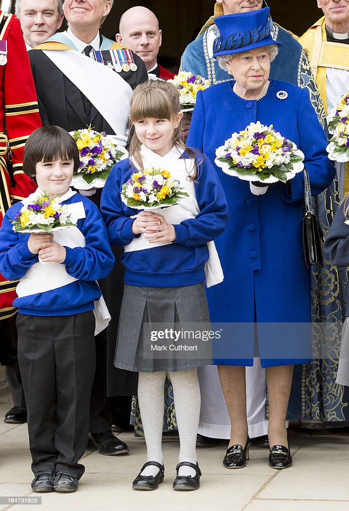 Queen <a gi-track='captionPersonalityLinkClicked' href=/galleries/search?phrase=Elizabeth+II&family=editorial&specificpeople=67226 ng-click='$event.stopPropagation()'>Elizabeth II</a> leaving Christs Church Cathedral in Oxford after The Royal Maundy Service on March 28, 2013 in Oxford, England.