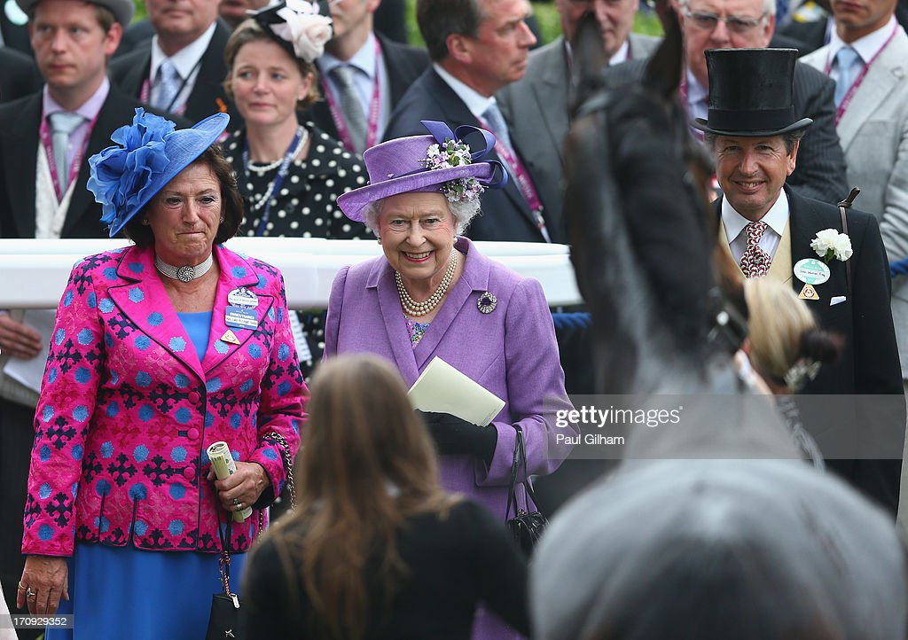 Queen <a gi-track='captionPersonalityLinkClicked' href=/galleries/search?phrase=Elizabeth+II&family=editorial&specificpeople=67226 ng-click='$event.stopPropagation()'>Elizabeth II</a> looks at her horse Estimate after Estimate ridden by Ryan Moore won The Gold Cup on Ladies' Day during day three of Royal Ascot at Ascot Racecourse on June 20, 2013 in Ascot, England.