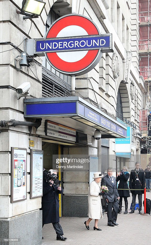 Queen <a gi-track='captionPersonalityLinkClicked' href=/galleries/search?phrase=Elizabeth+II&family=editorial&specificpeople=67226 ng-click='$event.stopPropagation()'>Elizabeth II</a> make an official visit to Baker Street Underground Station on March 20, 2013 in London, England.