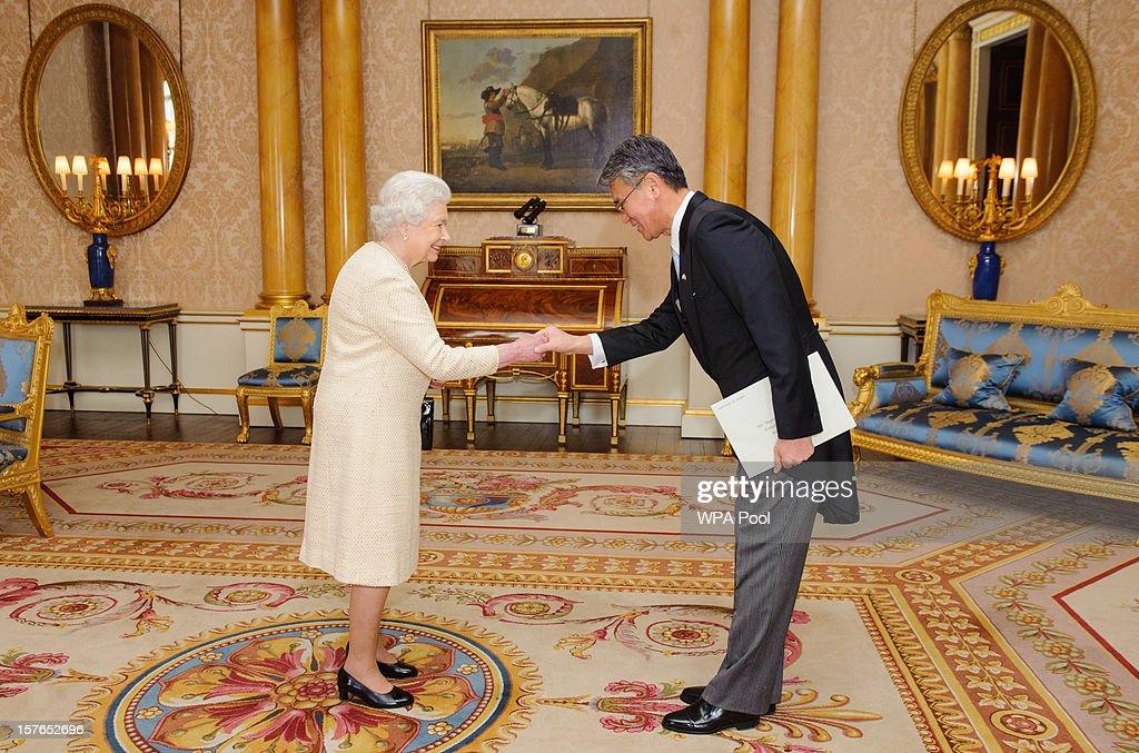 Queen Elizabeth II meets Park Suk-Hwan, the Ambassador of the Republic of Korea at Buckingham Palace on December 5, 2012 in London, England.