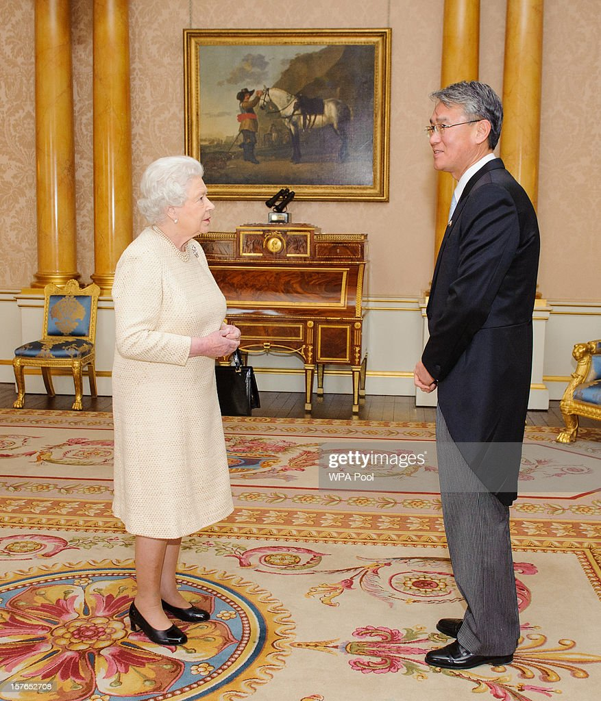Queen Elizabeth II meets Park Suk-Hwan, the Ambassador of the Republic of Korea at Buckingham Palace on December 5, 2012 in London, England.