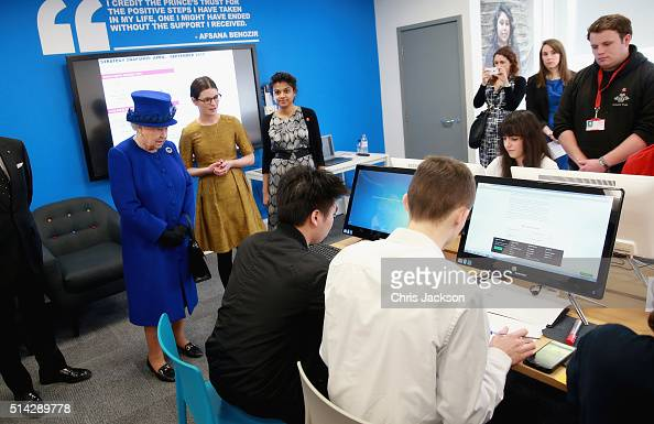 Queen Elizabeth II meets people being helped by the Prince's Trust at the Prince's Trust Centre in Kennington on March 8 2016 in London England The...