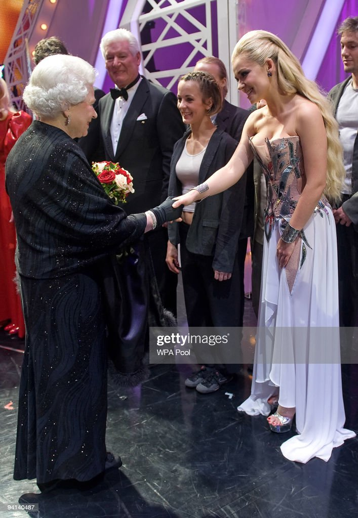 Queen <a gi-track='captionPersonalityLinkClicked' href=/galleries/search?phrase=Elizabeth+II&family=editorial&specificpeople=67226 ng-click='$event.stopPropagation()'>Elizabeth II</a> meets singer <a gi-track='captionPersonalityLinkClicked' href=/galleries/search?phrase=Katherine+Jenkins&family=editorial&specificpeople=204776 ng-click='$event.stopPropagation()'>Katherine Jenkins</a> following the Royal Variety Performance on December 7, 2009 in Blackpool, England