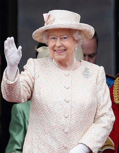 Trooping the colour photos and images getty images for Queen elizabeth balcony