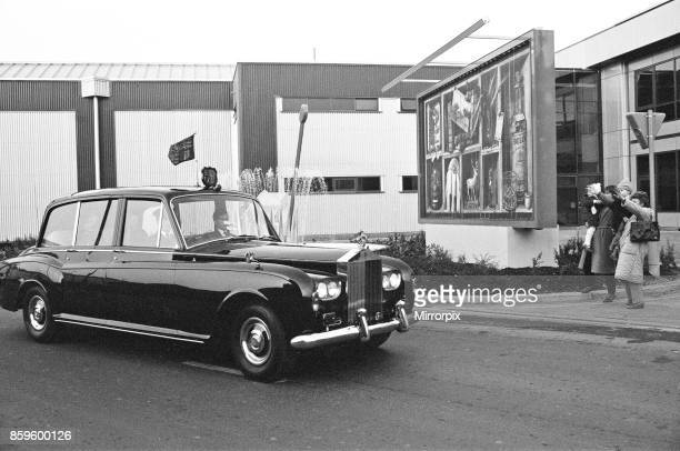 Queen Elizabeth II opens London City Airport to the East of London The Queen arrives in the Royal Car a Rolls Royce for the ceremony A small group of...
