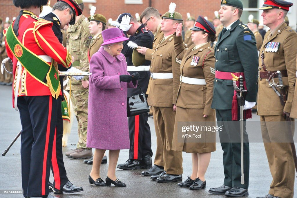 queen-elizabeth-ii-presents-leeks-to-soldiers-from-the-royal-welsh-picture-id647443304