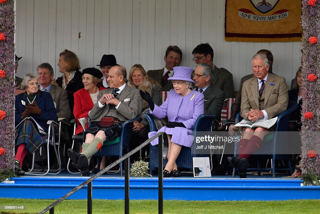queen-elizabeth-ii-prince-charles-and-her-husband-prince-philip-watch-picture-id598891448