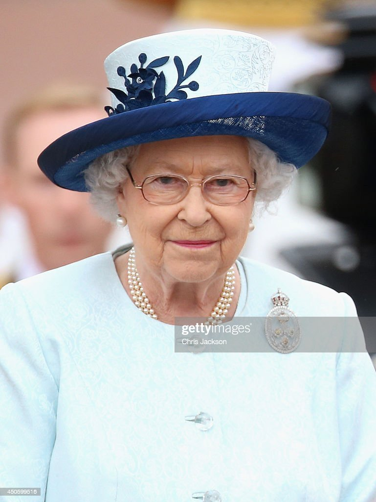 Queen <a gi-track='captionPersonalityLinkClicked' href=/galleries/search?phrase=Elizabeth+II&family=editorial&specificpeople=67226 ng-click='$event.stopPropagation()'>Elizabeth II</a> takes the salute during Trooping the Colour - Queen <a gi-track='captionPersonalityLinkClicked' href=/galleries/search?phrase=Elizabeth+II&family=editorial&specificpeople=67226 ng-click='$event.stopPropagation()'>Elizabeth II</a>'s Birthday Parade, at The Royal Horseguards on June 14, 2014 in London, England.