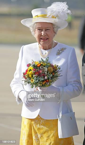 Queen Elizabeth Ii The Duke Of Edinburgh Visit AustraliaArrival At Canberra