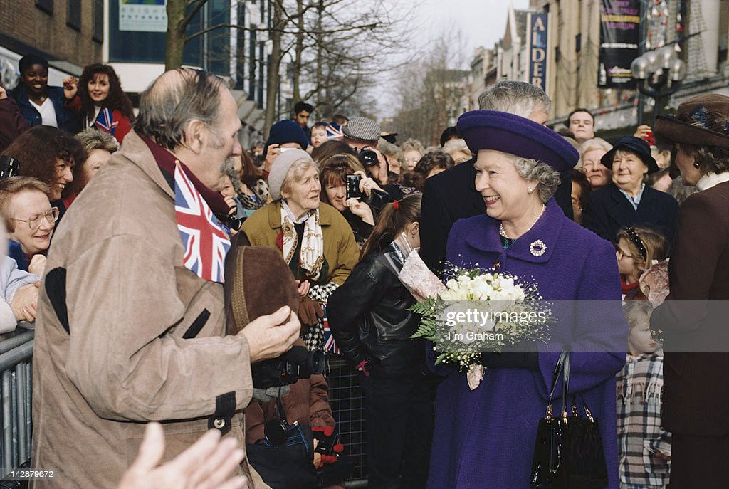 Queen <a gi-track='captionPersonalityLinkClicked' href=/galleries/search?phrase=Elizabeth+II&family=editorial&specificpeople=67226 ng-click='$event.stopPropagation()'>Elizabeth II</a> visits Croydon in south London, 16th February 1996.