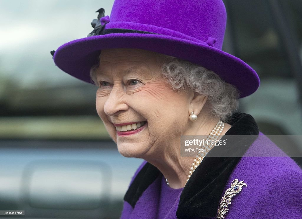 Queen <a gi-track='captionPersonalityLinkClicked' href=/galleries/search?phrase=Elizabeth+II&family=editorial&specificpeople=67226 ng-click='$event.stopPropagation()'>Elizabeth II</a> visits Southwark Cathedral on November 21, 2013 in London, England. Queen Elizbabeth II is visiting the Cathedral to view a new stained glass window that was created by Leifur Breidfjord to mark the Diamond Jubilee and to meet members of the Guild of Broderers who are making a new set of Jubilee Copes to be worn by the 4 Bishops of Diocese.