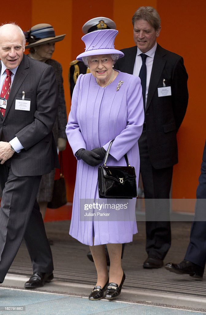 Queen Elizabeth II visits the National centre for Bowel Cancer research, and surgical Innovation, after opening the new Royal London Hospital building, on February 27, 2013 in London, England.