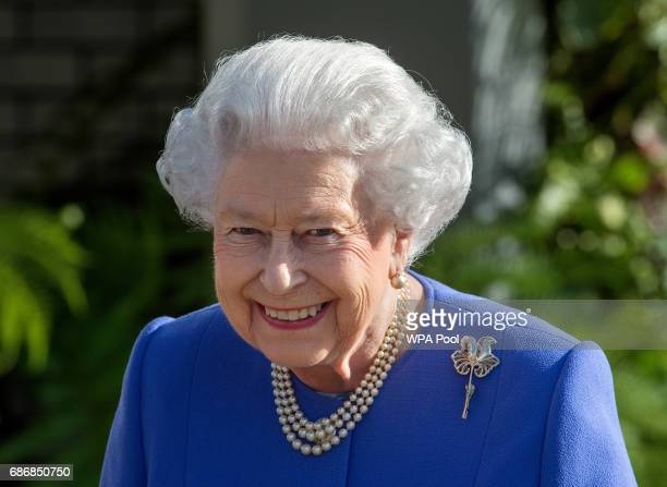 Queen Elizabeth II visits the RHS Chelsea Flower Show press day at Royal Hospital Chelsea on May 22 2017 in London England The prestigious Chelsea...