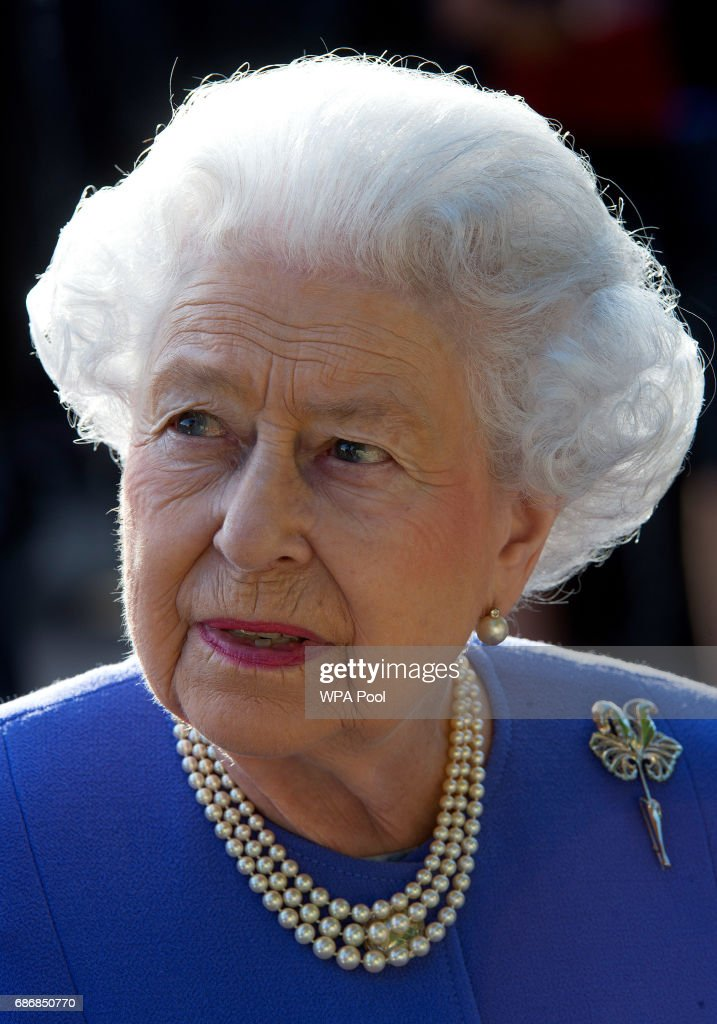 Queen Elizabeth II visits the RHS Chelsea Flower Show press day at Royal Hospital Chelsea on May 22, 2017 in London, England. The prestigious Chelsea Flower Show, held annually since 1913 in the Royal Hospital Chelsea grounds, is open to the public from the 23rd to the 27th of May, 2017.
