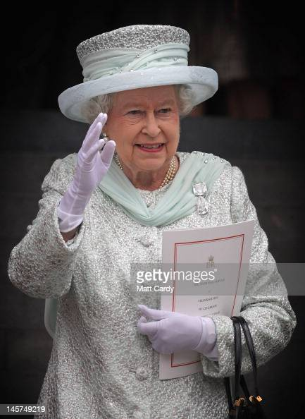 Queen Elizabeth II waves as she leaves a Service Of Thanksgiving at St Paul's Cathedral on June 5 2012 in London England For only the second time in...