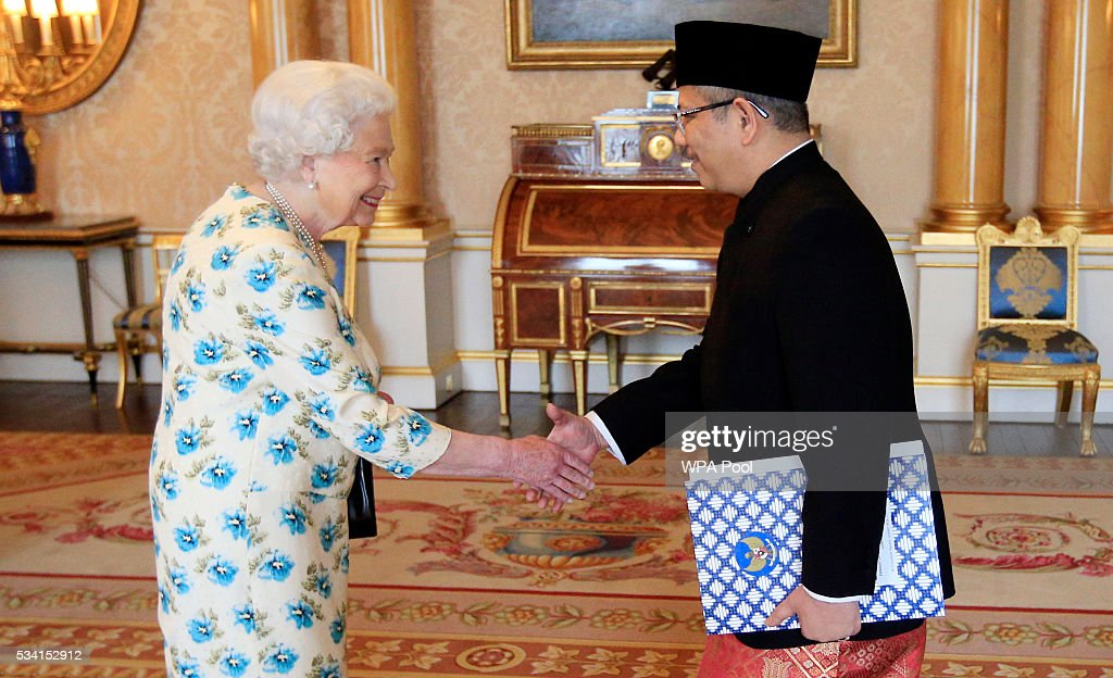 Queen Elizabeth II with Dr Rizal Sukma, the Ambassador from Indonesia, prior to presenting his Letters of Credence during a private audience at Buckingham Palace on May 25, 2016 in London, England.
