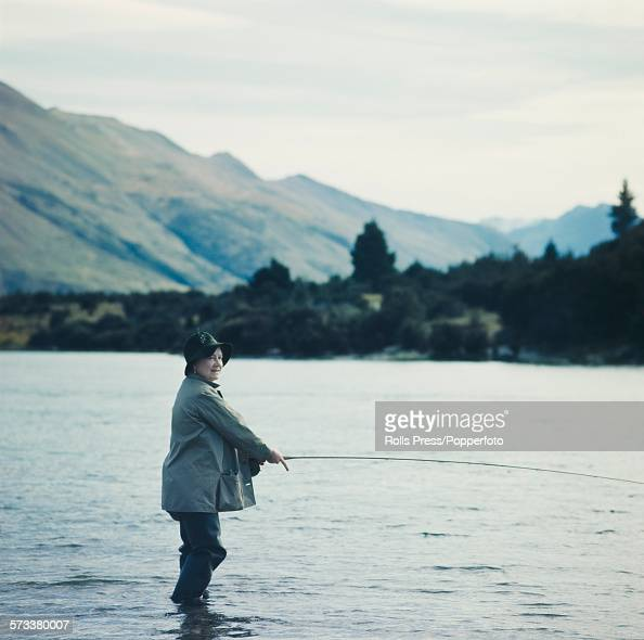 Queen mother fishing pictures getty images for Lake elizabeth fishing