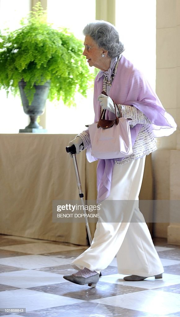 Queen Fabiola arrives for a lunch with members of the Royal family and the jury members of the Queen Elisabeth International Music Competition - Piano 2010, at the Royal palace in Brussels on May 25, 2010.