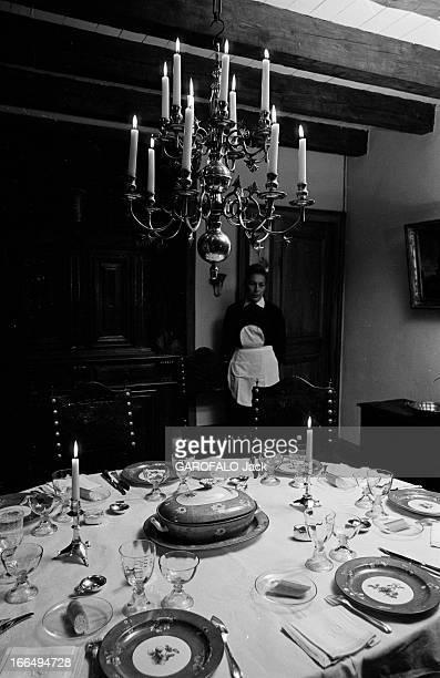 Queen Ingrid Of Denmark In France 3 Novembre 1966 dans le Lot la reine INGRID du Danemark a rendu visite au marquis et à la marquise André de Laborde...