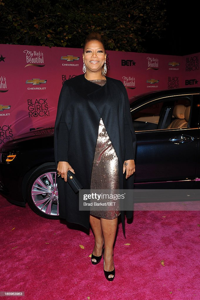 <a gi-track='captionPersonalityLinkClicked' href=/galleries/search?phrase=Queen+Latifah&family=editorial&specificpeople=171793 ng-click='$event.stopPropagation()'>Queen Latifah</a> attends BET Black Girls Rock arrivals presented by Chevy at New Jersey Performing Arts Center on October 26, 2013 in Newark, New Jersey.