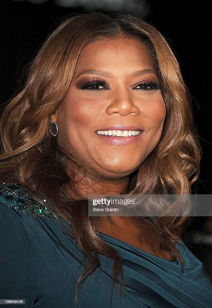Queen Latifah attends the 'Joyful Noise' Los Angeles Premiere at Grauman's Chinese Theatre on January 9, 2012 in Hollywood, California.