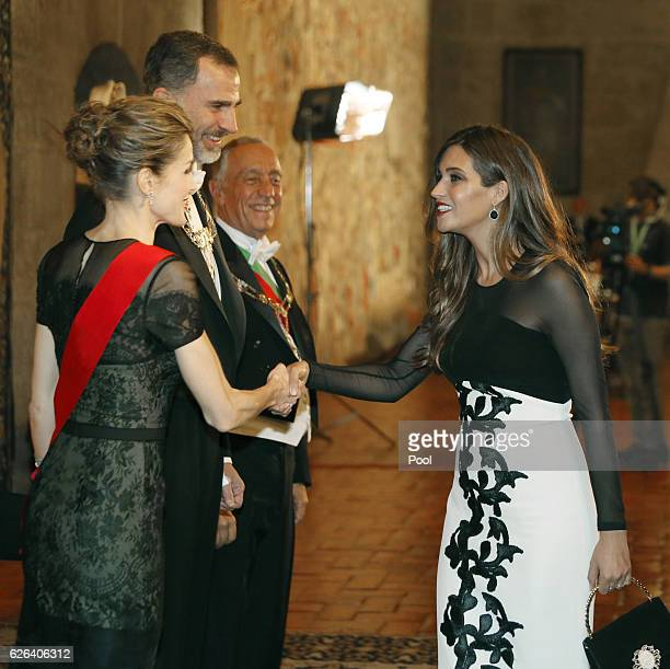 Queen Letizia and King Felipe of Spain greet Sara Carbonero at a Gala Dinner at the Dukes of Braganza Palace during the Spanish Royals official visit...