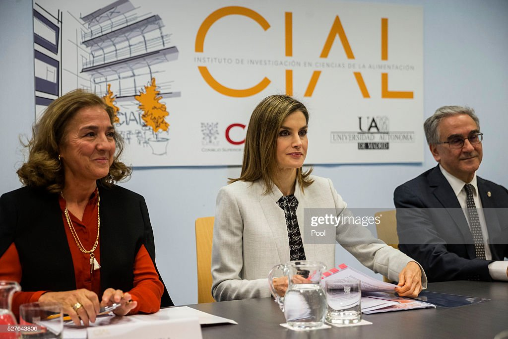 Queen Letizia of Spain, accompanied by Secretary of State of Investigation, Development and Innovation Carmen Vela (L) and rector of the Autonomous University of Madrid, Jos�� Mar��a Sanz (R), during a meeting at the university before a visit to the Institute of Food Science Research (CIAL) on May 3, 2016 in Madrid, Spain.