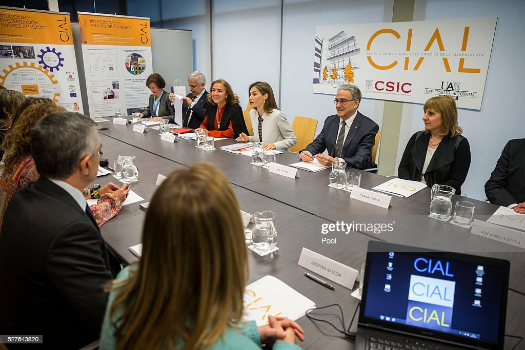 Queen Letizia of Spain, accompanied by Secretary of State of Investigation, Development and Innovation Carmen Vela (3rd L) and rector of the Autonomous University of Madrid, Jos�� Mar��a Sanz (3rd R), during a meeting at the university before a visit to the Institute of Food Science Research (CIAL) on May 3, 2016 in Madrid, Spain.
