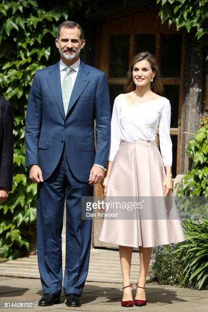 Queen Letizia of Spain and King Felipe of Spain visit Exeter College during their State visit to the UK on July 14 2017 in Oxford England This is the...