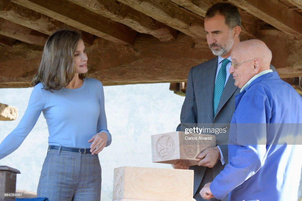 Spanish Royals Visit Porenu