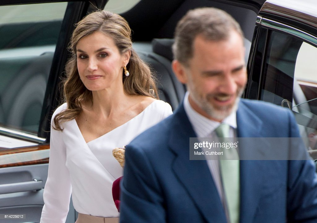 Queen Letizia of Spain and King Felipe of Spain visit the Francis Crick Institute during a State visit by the King and Queen of Spain on July 14, 2017 in London. This is the first state visit by the current King Felipe and Queen Letizia, the last being in 1986 with King Juan Carlos and Queen Sofia.